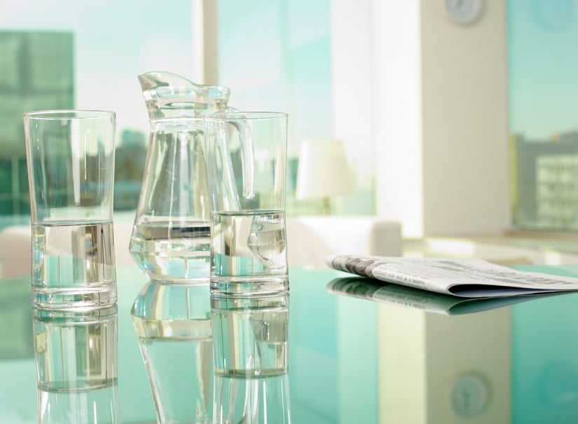 4 Benefits of Glass Tabletops