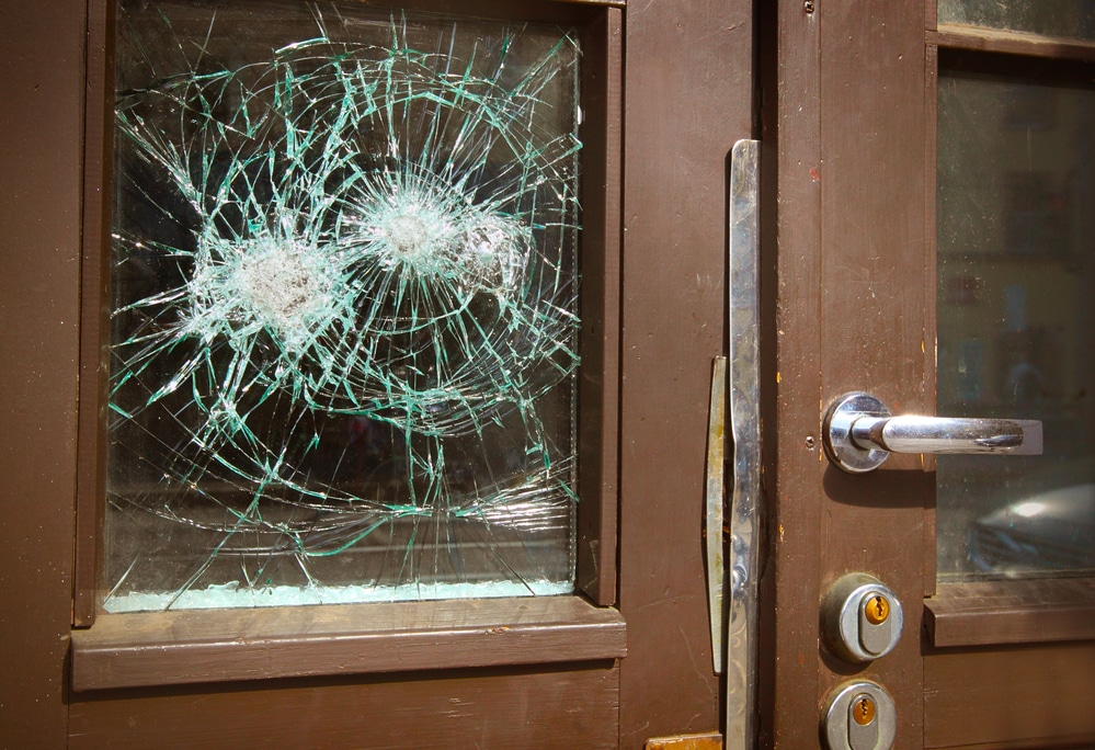 What To Expect With 24 Hour Emergency Glass Services