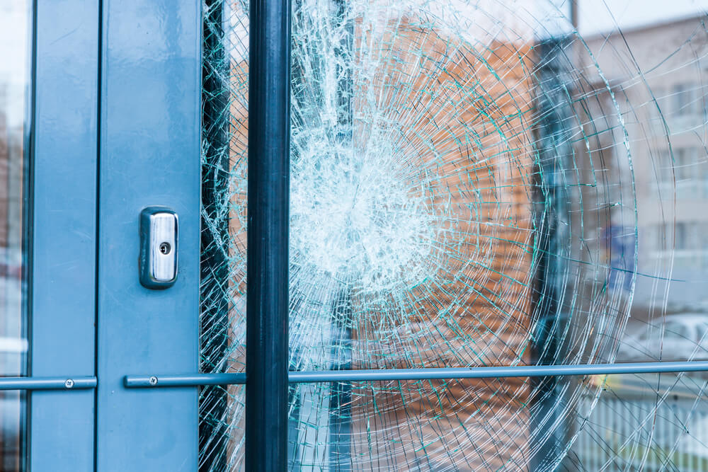 Emergency Glass Repair Service on Call