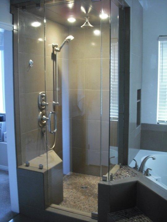 Utah Corner Glass Shower Door and Wall
