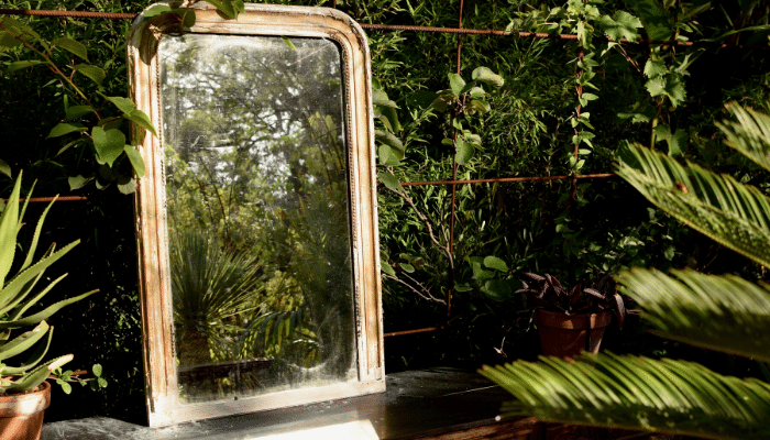 What You Can Do with Old Glass Mirrors