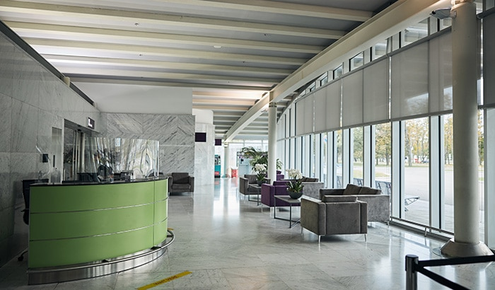How Floor-to-Ceiling Windows Can Transform Your Business