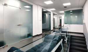 The Many Advantages of Interior Glass Doors in the Workplace