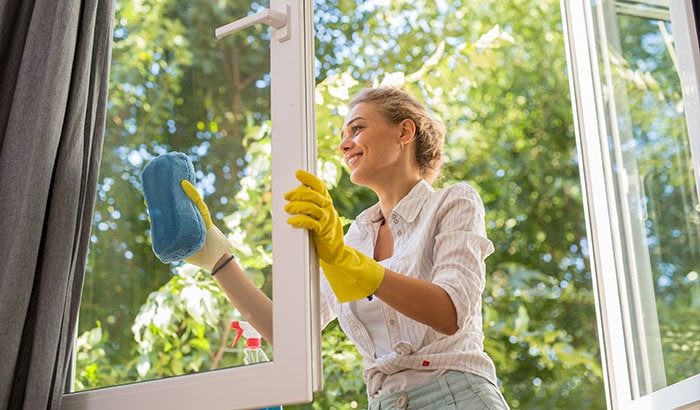 4 Reasons To Clean Your Windows This Fall
